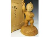 前島秀章の木彫『風のメロディ』