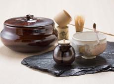 茶道具高価買取のコツ!箱や状態をチェックして価値を上げよう