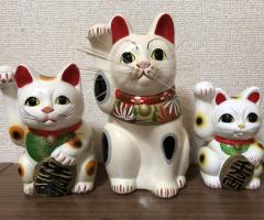 家内安全、商売繁盛に招き猫いかがでしょうか?