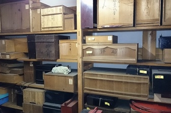 骨董品を高く売るにはどうしたらいいの?