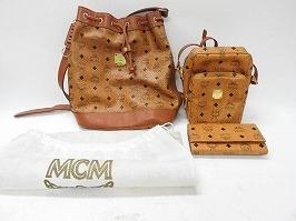 MCM 財布・カバン・バッグ